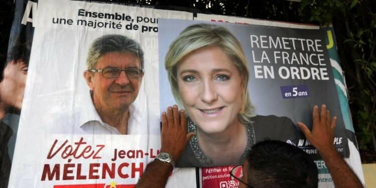 Le Pen, spectatrice d'une campagne insolite