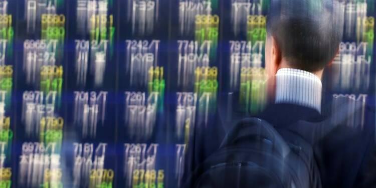 La Bourse de Tokyo en baisse à la mi-séance