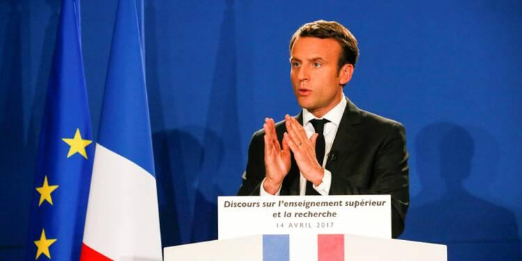 Macron voit un durcissement à droite de la campagne de Fillon