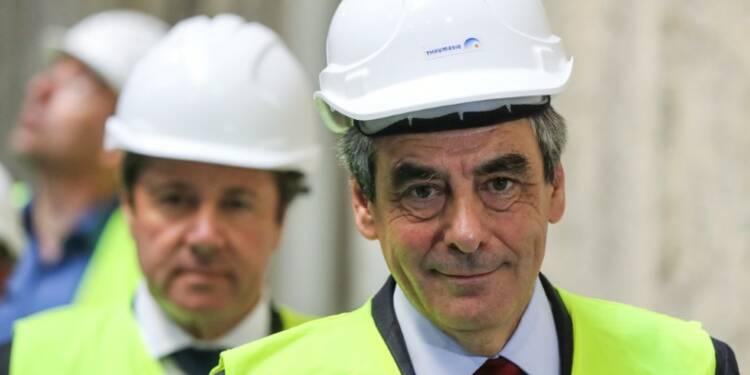 Fillon se voit au second tour face à Macron, Le Pen sûre de virer en tête