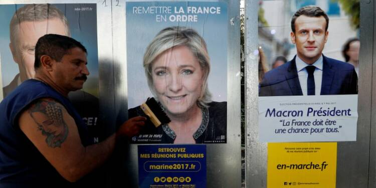 Duel Macron-Le Pen pour le 1er tour devant Fillon, selon un sondage Ifop-Fiducial