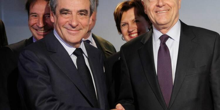 Juppé s'affiche au côté de Fillon pour mobiliser le centre-droit