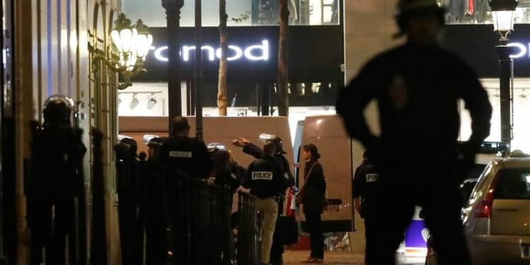 Le parquet antiterroriste est saisi de la fusillade de Paris