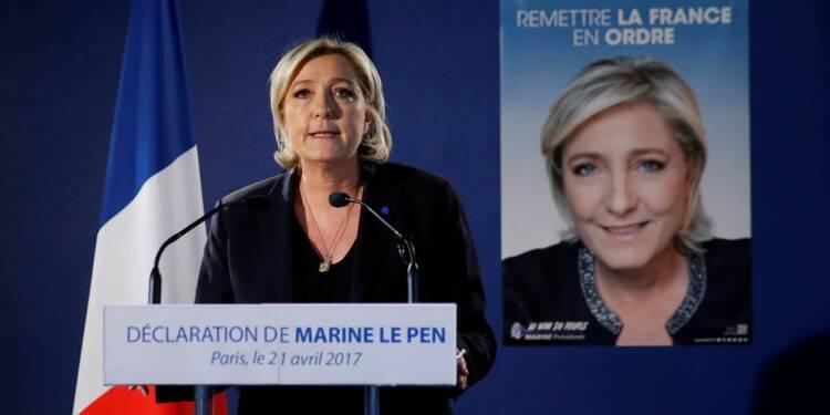 """Le Pen cible le """"terrorisme islamiste et le laxisme pénal"""""""