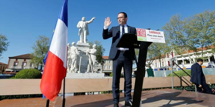 La démocratie ne sera pas l'otage du terrorisme, dit Hamon