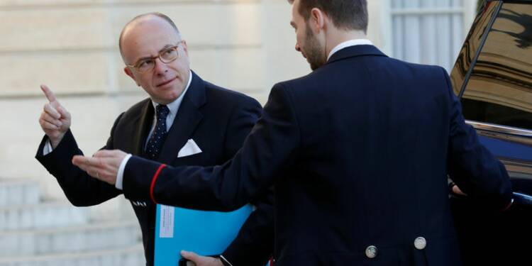 """""""Rien ne doit entraver"""" l'élection présidentielle, dit Cazeneuve"""