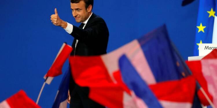 """Macron veux """"construire"""" sa majorité dès lundi"""