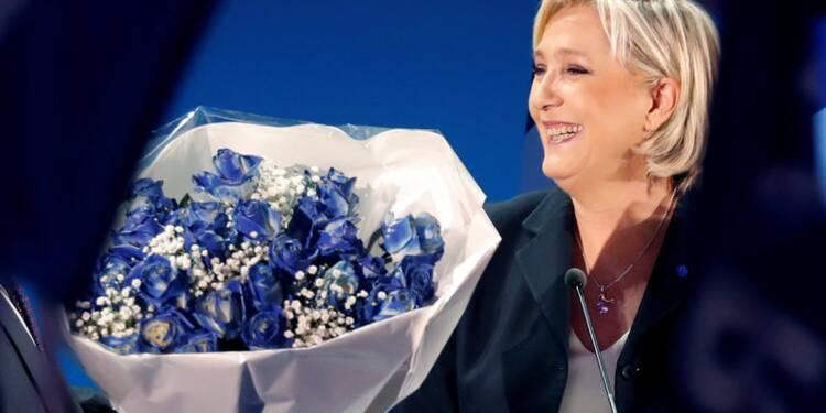Résultats partiels: Macron (23,11%) devant Le Pen (23,08%)