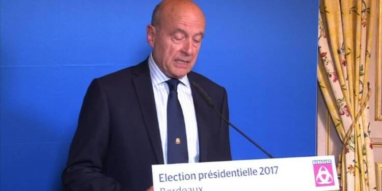 Présidentielle: Alain Juppé appelle à voter Macron