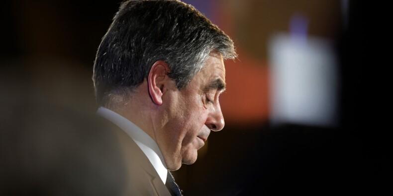 François Fillon jette l'éponge avant les législatives