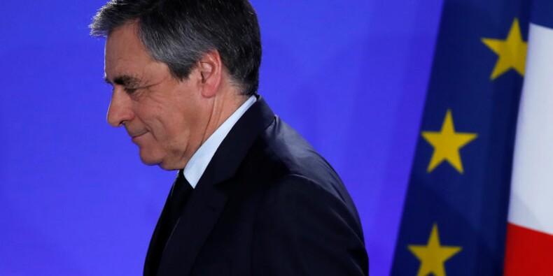 """""""Militant parmi les autres"""", Fillon appelle la droite à l'union"""
