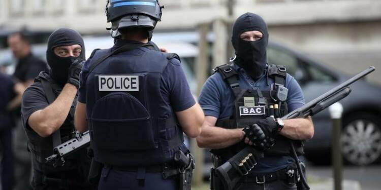 Quatre interpellations dans une opération anti-terrorisme en France