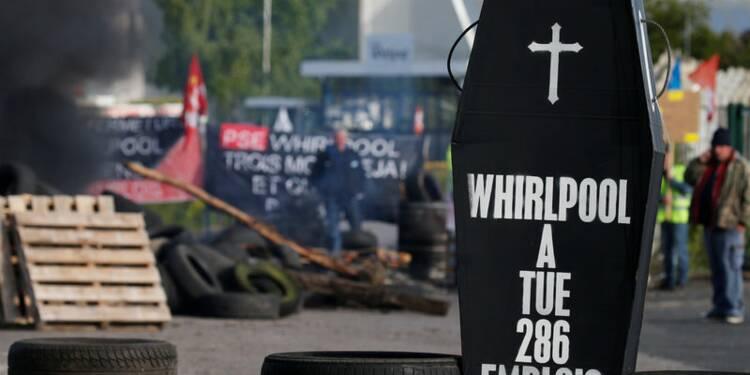 Emmanuel Macron accueilli chez Whirlpool avec les sifflets