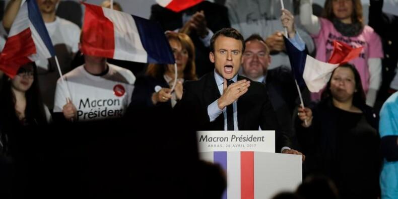 Macron assume la mise à l'écart de RT et Sputnik