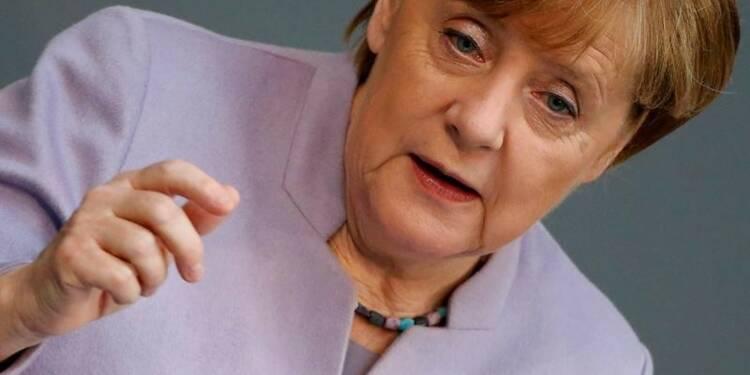 Merkel souhaite la victoire de Macron
