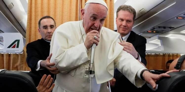 Le pape François ne se prononce pas sur le scrutin