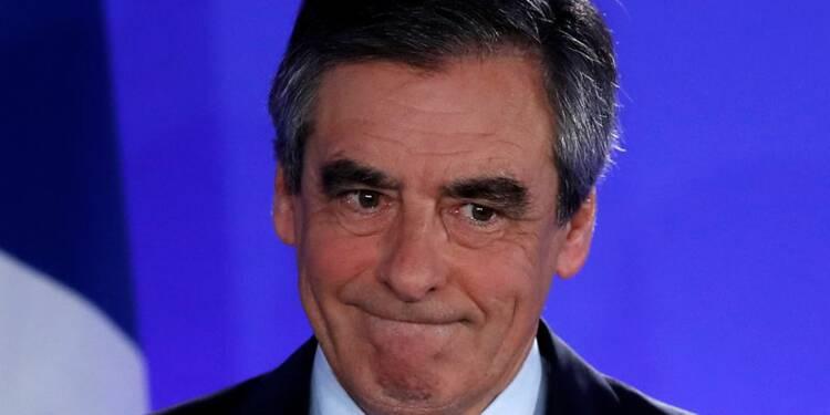 """Le Pen plagie Fillon, le FN parle de """"clin d'oeil"""""""