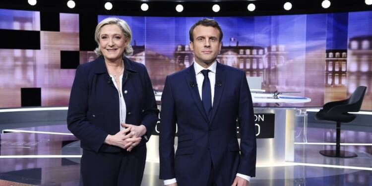"""Le Pen pilonne Macron, qui la renvoie à ses """"bêtises"""""""