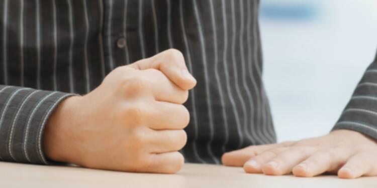 Face à un recruteur, jouez cartes sur table pour négocier votre salaire