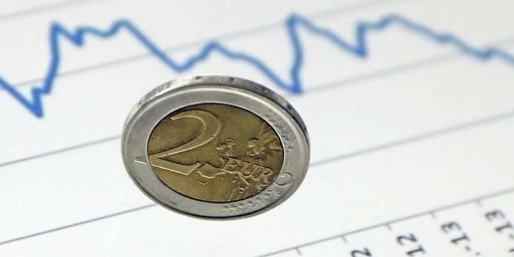 L'euro baisse après un sondage sur la présidentielle française