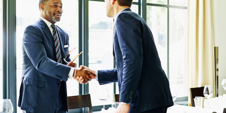 Agent commercial : statut et salaire
