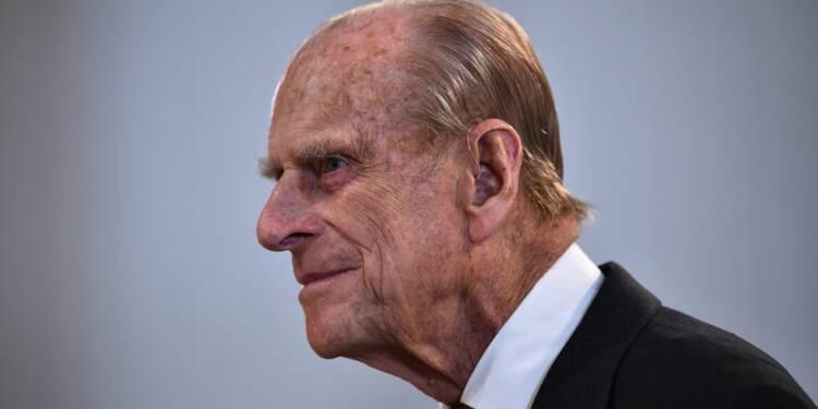 Le prince Philip va cesser ses fonctions officielles