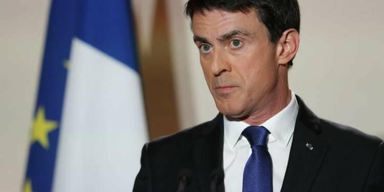 """Valls propose d'oublier """"les vieux clivages"""""""