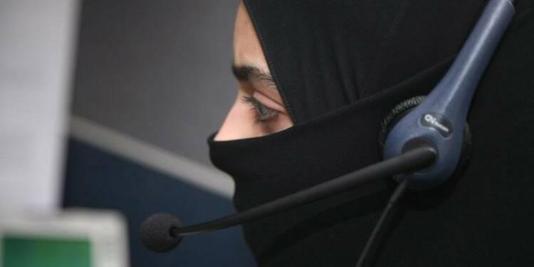 Le voile peut être interdit en entreprise, dit la Cour de l'UE