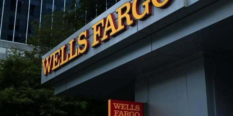 Wells Fargo devra rendre des comptes, dit Hillary Clinton