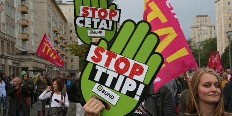 Des milliers d'Allemands manifestent contre TTIP et Ceta