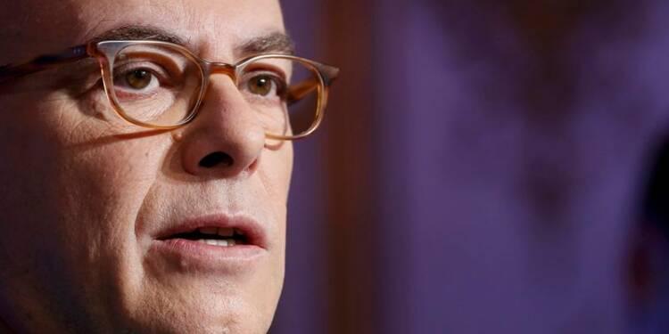 """Cazeneuve appelle à agir face aux propos """"inquiétants"""" de Trump"""