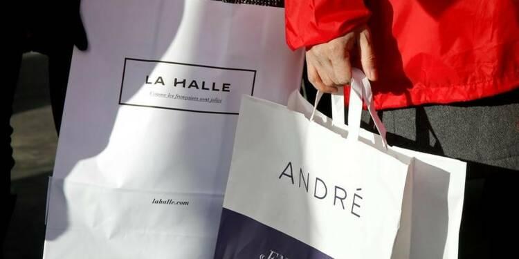 Vivarte cède André, Naf Naf et ferme 147 magasins La Halle aux chaussures