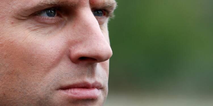 Macron se pose en recours contre le Front national
