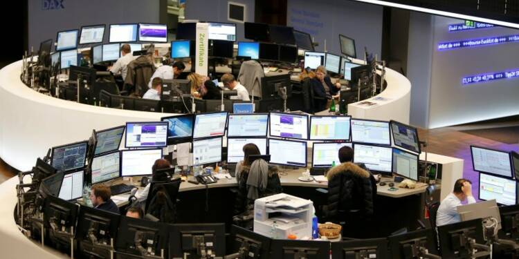 Les Bourses européennes progressent encore à mi-séance