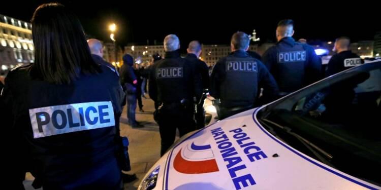 RPT-Les policiers en colère ne désarment pas