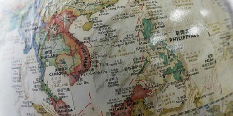 """La Chine """"pourrait construire des centrales nucléaires"""" en mer de Chine méridionale"""