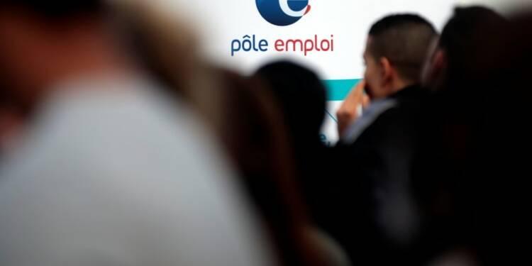 Les embauches dans le privé peu changées en juillet