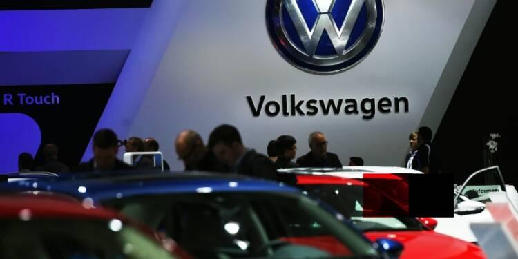 Volkswagen: un an après le scandale du diesel, la page est loin d'être tournée pour le groupe