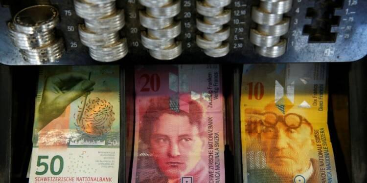 La BNS prête à freiner la hausse du franc suisse