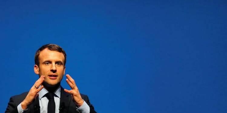 Macron jugé plus crédible que ses rivaux contre le chômage