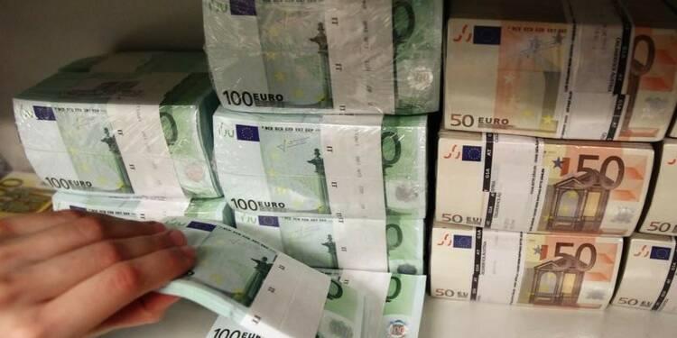 Les dépôts dans les banques grecques baissent encore