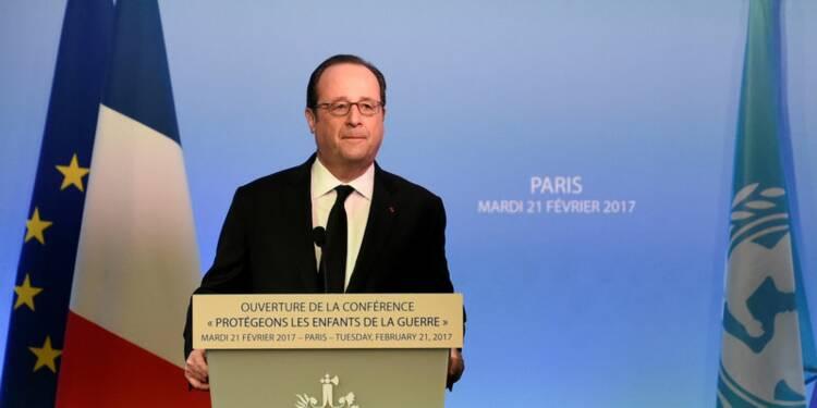 La France ne succombera pas à l'extrémisme, dit Hollande