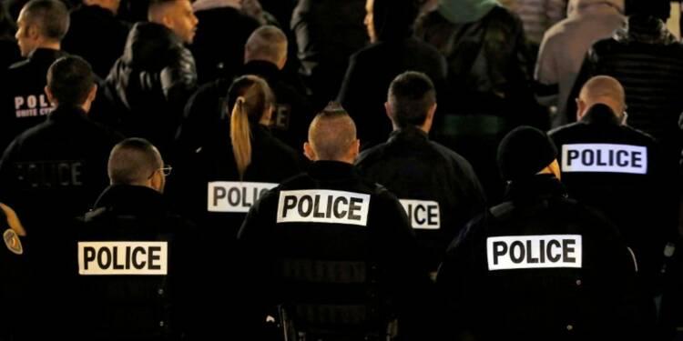 Hollande recevra les policiers la semaine prochaine