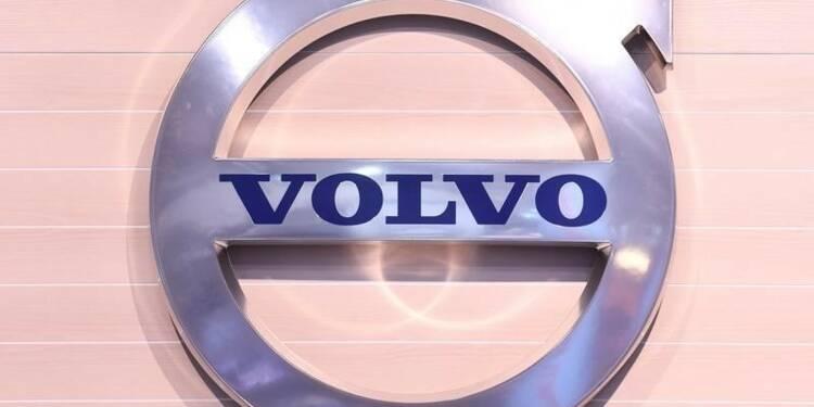 Volvo envisage de vendre Renault Trucks Défense et ses blindés