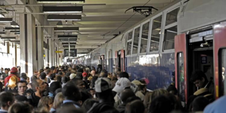 Aucun départ en gare d'Austerlitz, RER A en grève, RER C perturbé, Eurostar bloqué… lundi noir dans les transports