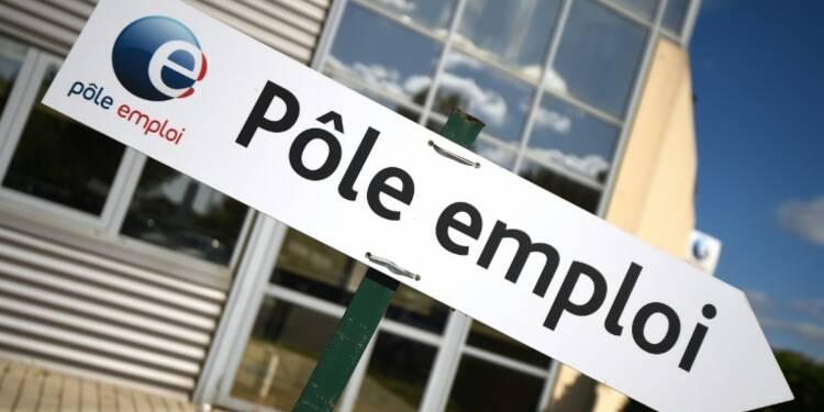 Forte hausse du chômage en août en France, douche glacée pour le gouvernement
