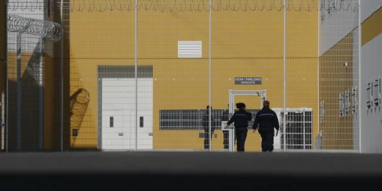 Urvoas minimise le nombre de surveillants de prison radicalisés