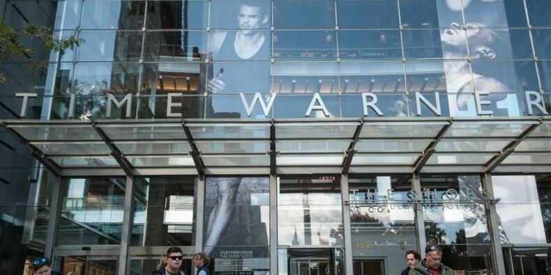 Time Warner dit n'avoir été approché que par AT&T