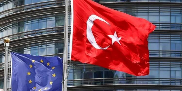 Erdogan dénonce le possible gel de l'adhésion turque à l'UE