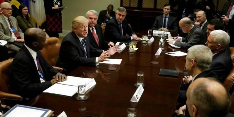 Trump exige la baisse du prix des médicaments, produits aux Etats-Unis